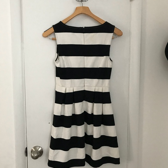 Forever 21 Dresses & Skirts - Striped dress